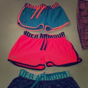4 pair girls youth size small Under Armour shorts